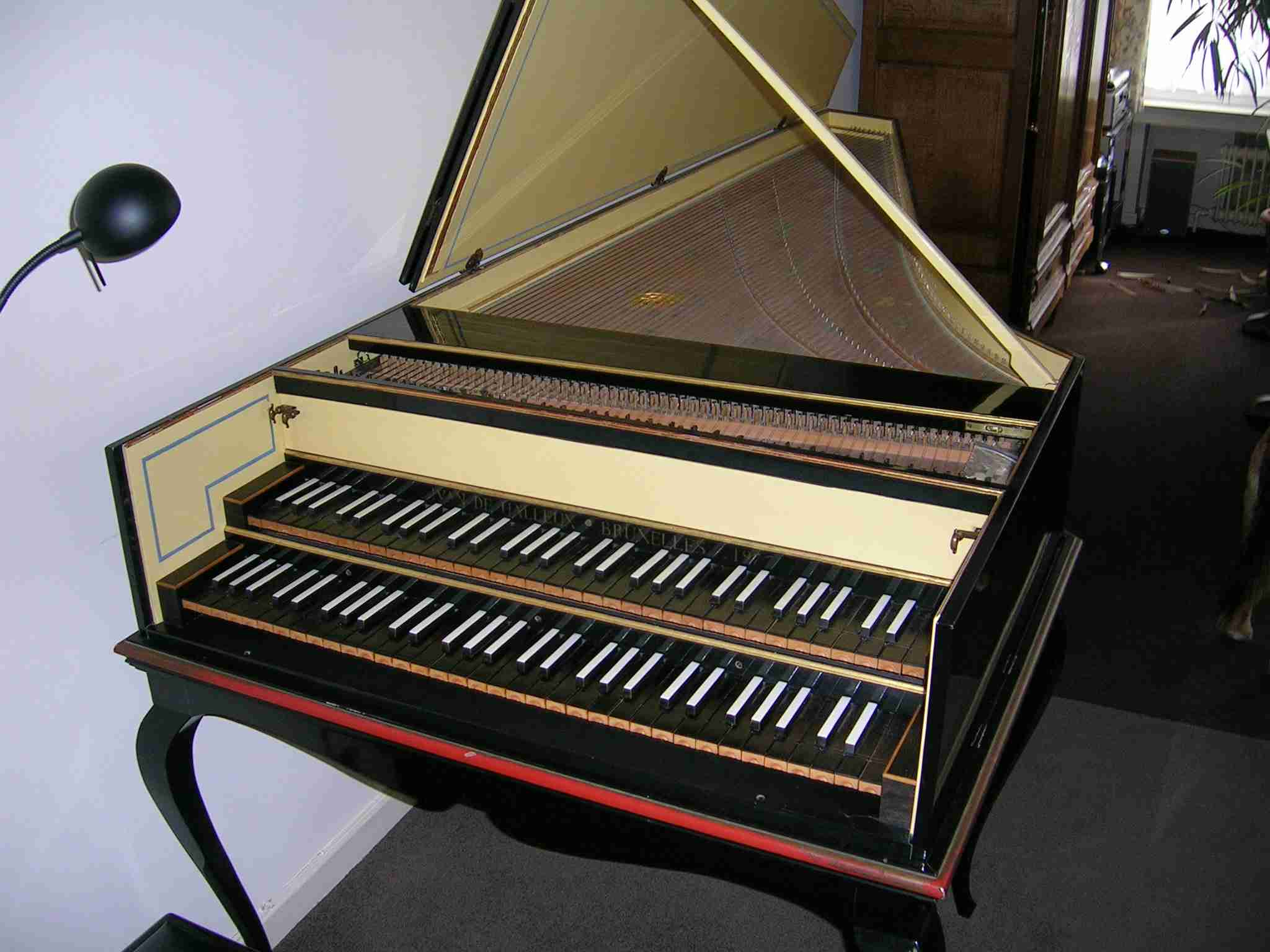 Belgium: Harpsichords, spinets, virginals, clavichords and ...